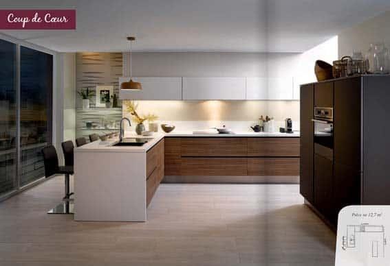 cuisine équipée Cuisinella scandinave blanc bois et noir